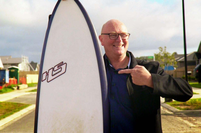M_SH_Lloyd and Surfboard