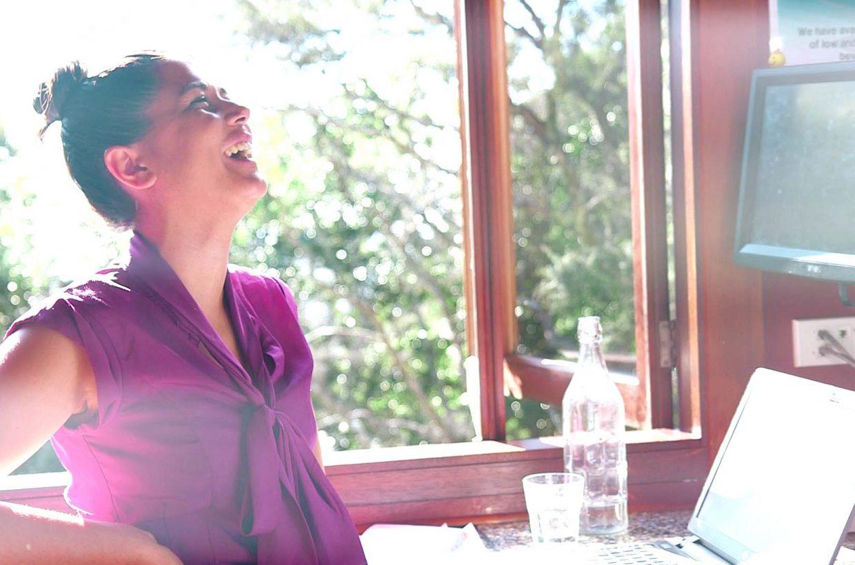 E_WAT_Girl Laugh at Window